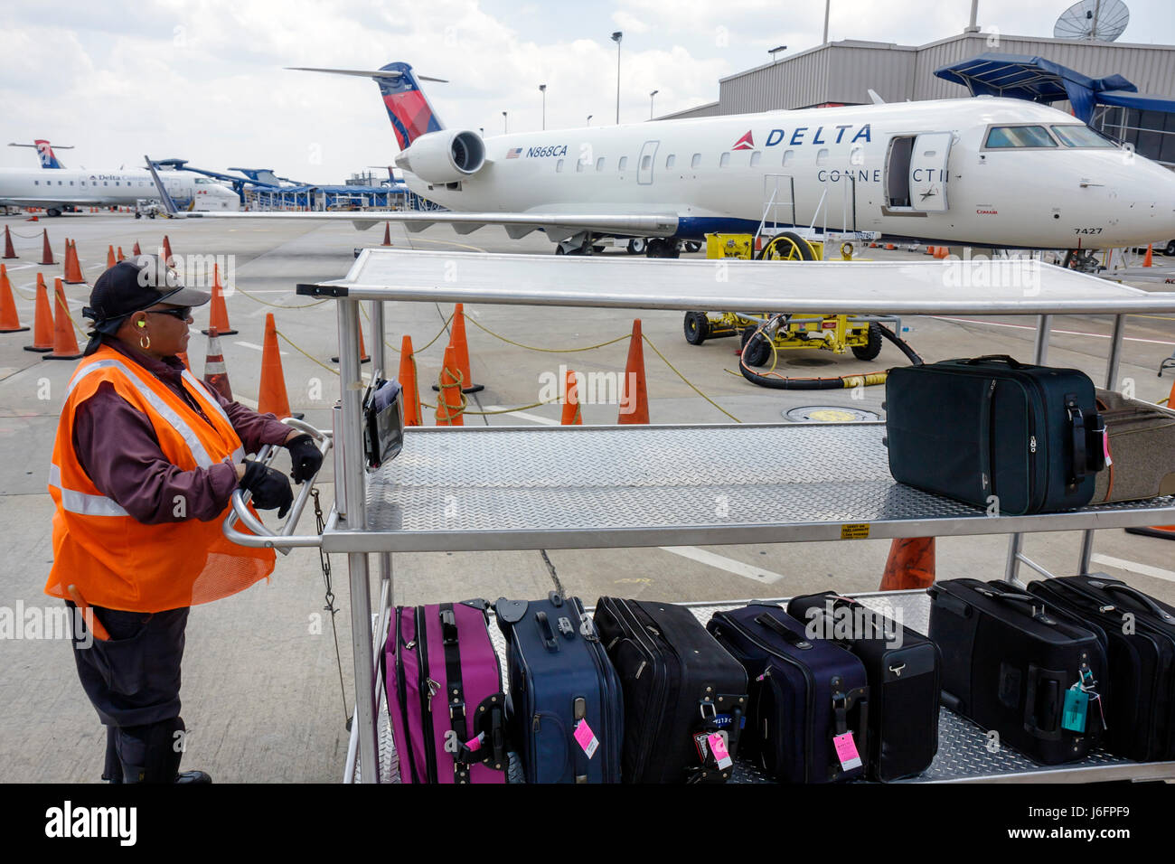 Atlanta Georgia Hartsfield-Jackson Atlanta International Airport CRJ100 jet regional airliner Delta Connection commuter - Stock Image