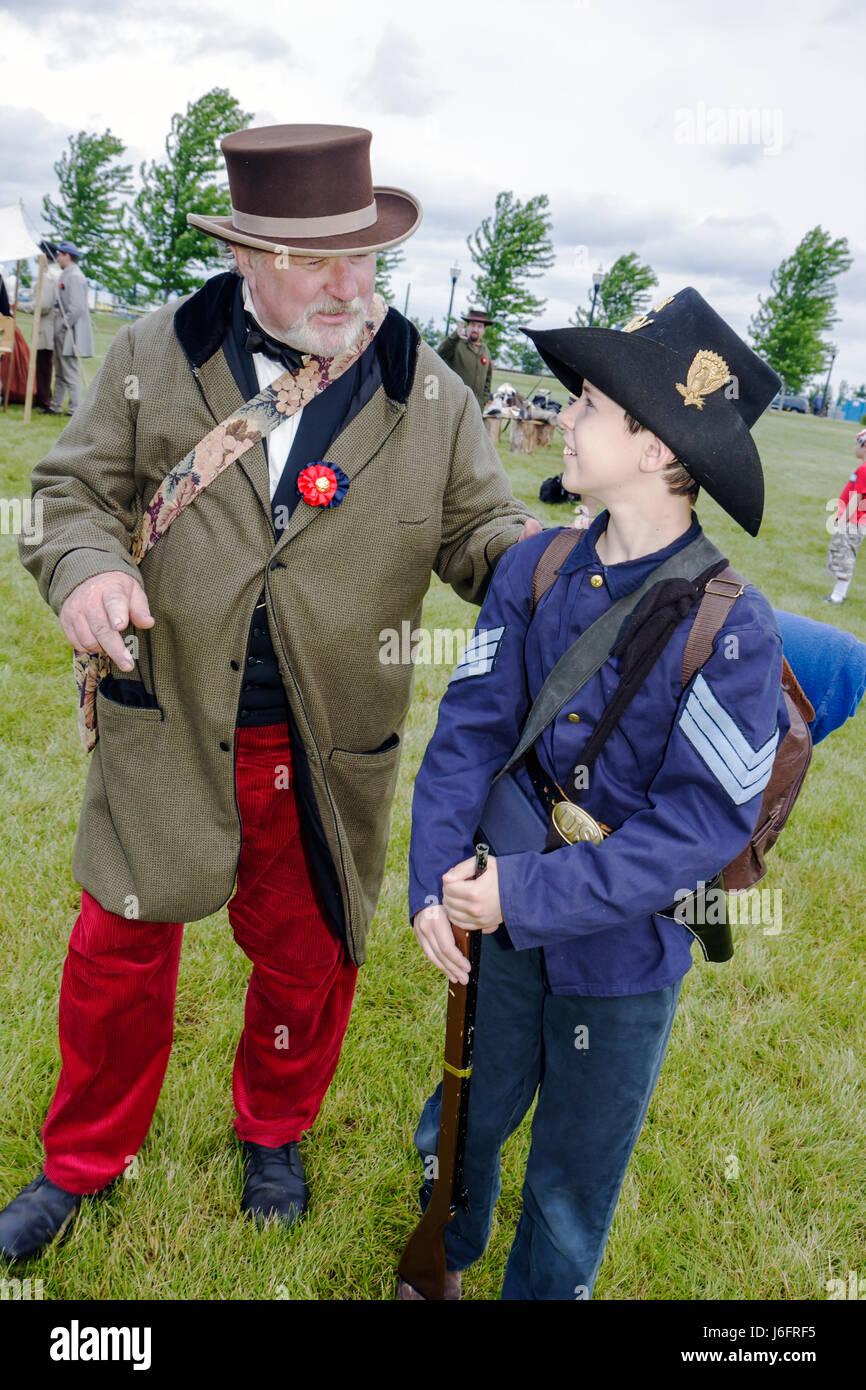 Wisconsin Kenosha Civil War Museum Civil War Days muster Park City Grays living history reenactor man boy militia - Stock Image