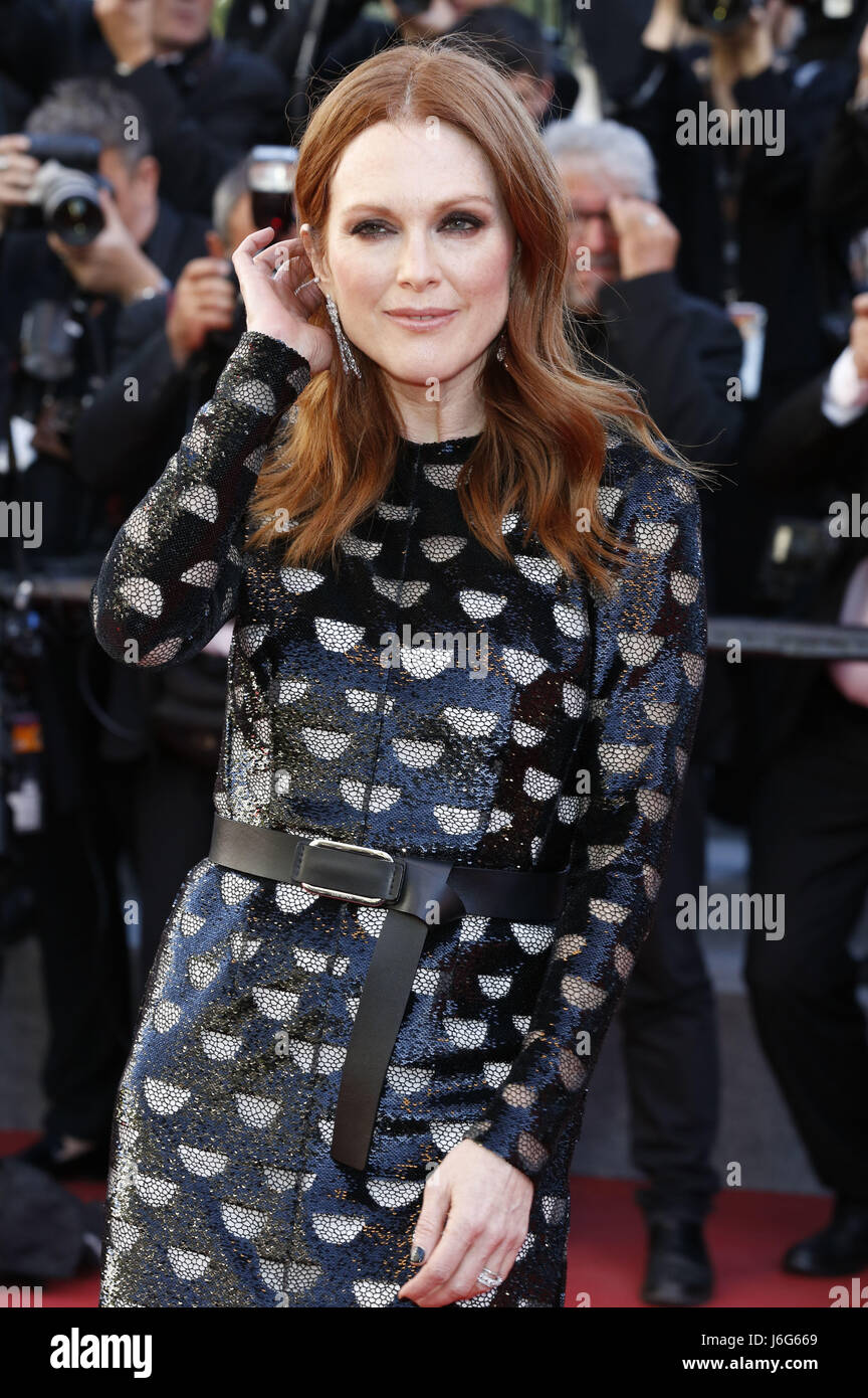 Cannes, France. 19th May, 2017. Julianne Moore at the 'Okja' premiere during the 70th Cannes Film Festival - Stock Image
