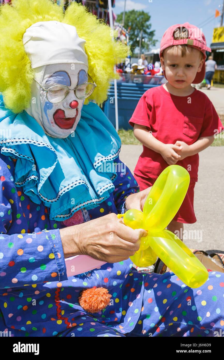 Wisconsin Kenosha Kenosha County Fairgrounds The Ultimate Kid Fest family event Bippy the Clown boy carnival childhood - Stock Image