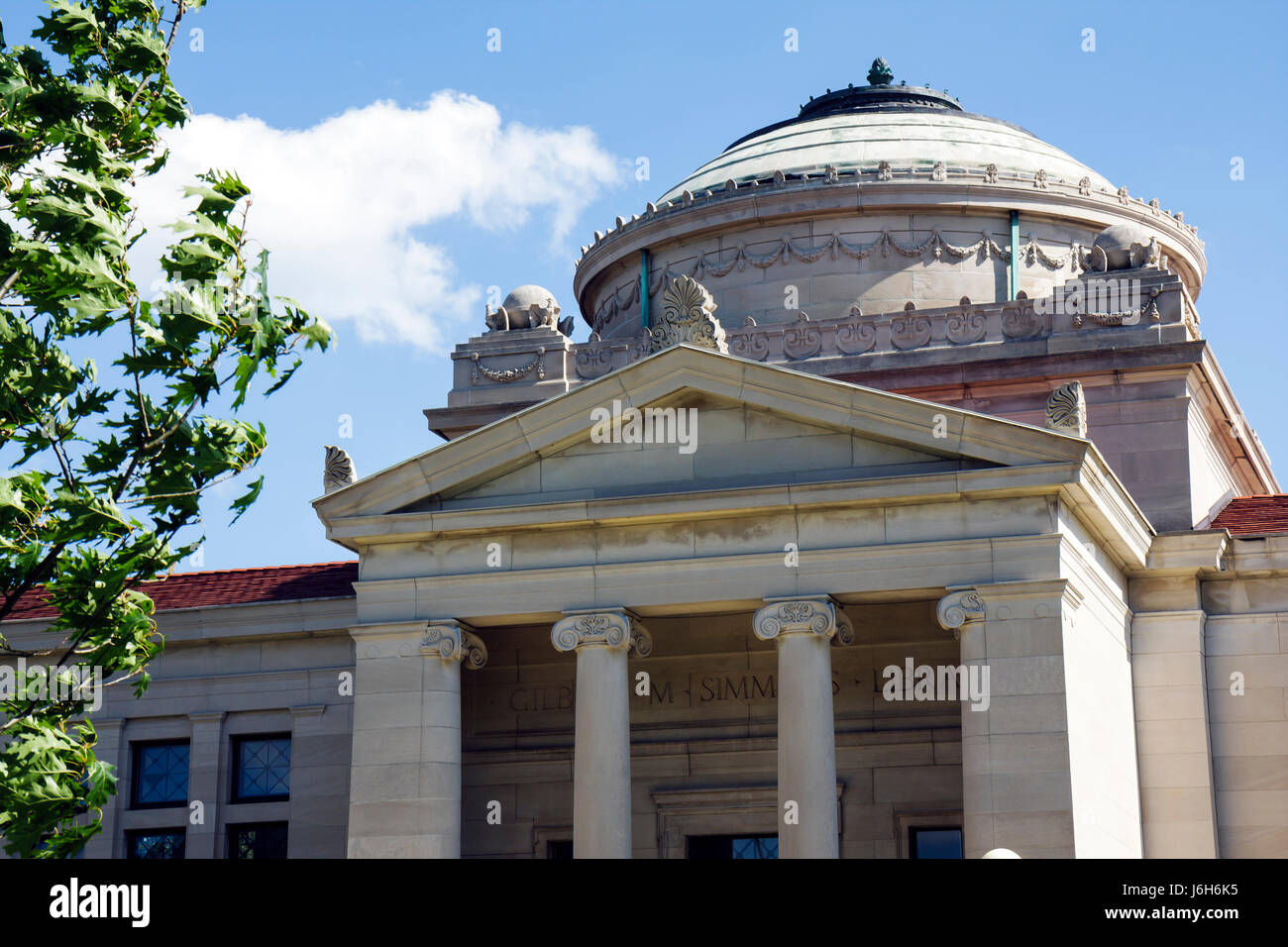 Wisconsin Kenosha Library Park Simmons Library Building historic district Neoclassical Revival architecture 1920s - Stock Image