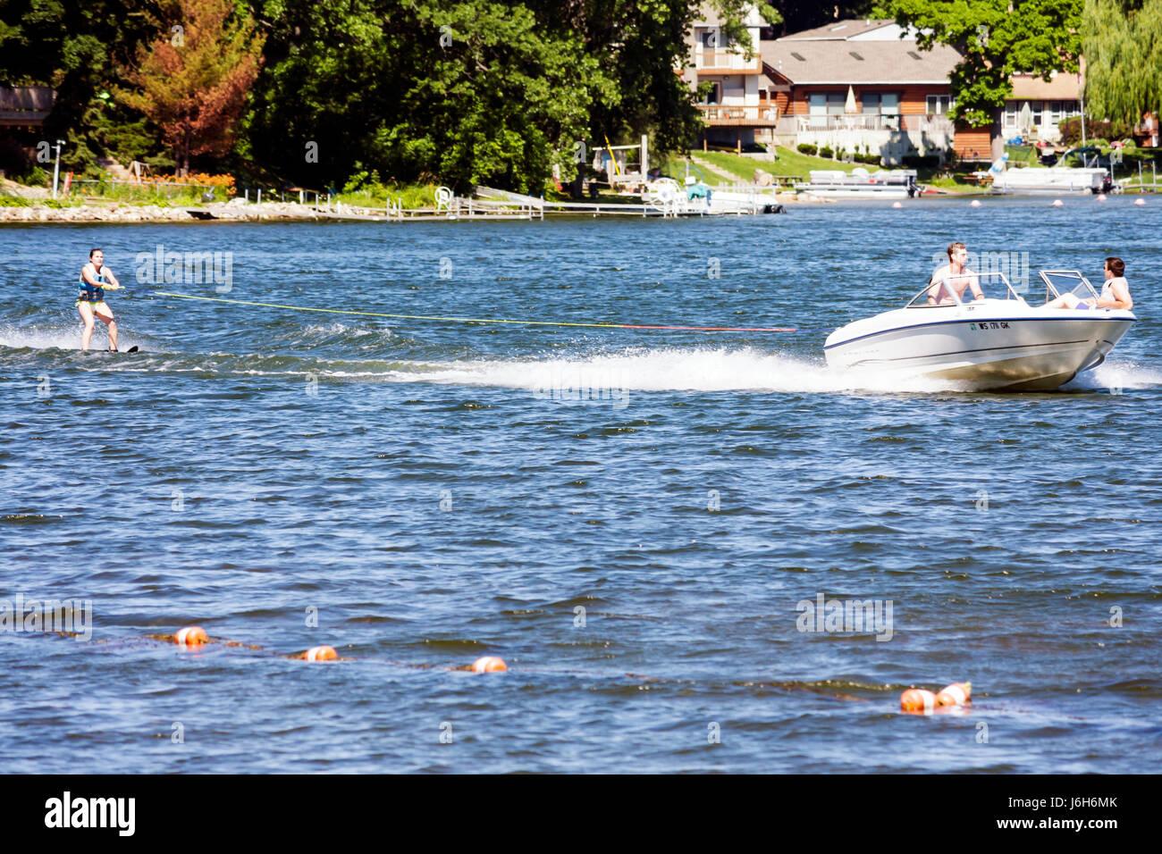 Wisconsin Kenosha Paddock Lake Old Settlers Park motor boat water skiing skier spotter sport recreation speed - Stock Image