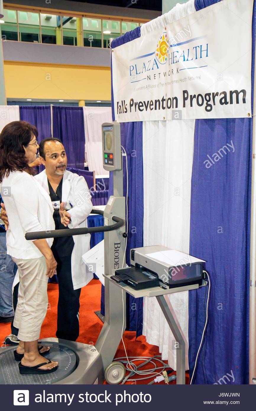 Miami Beach Miami Florida Beach Convention Center centre Health and Fitness Expo exhibitors free health screening - Stock Image
