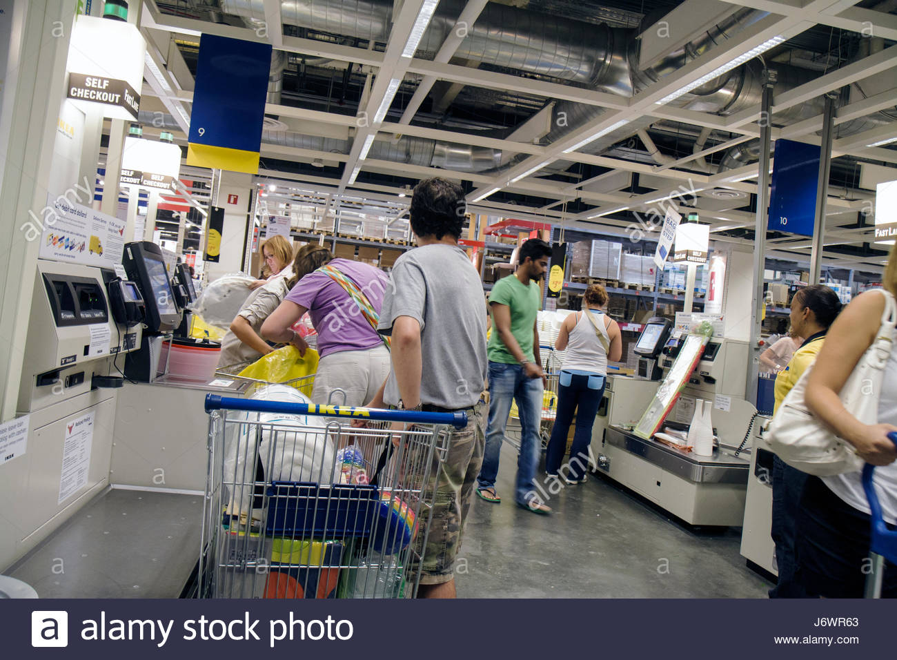 Cashiers stock photos cashiers stock images alamy for Ikea ft lauderdale