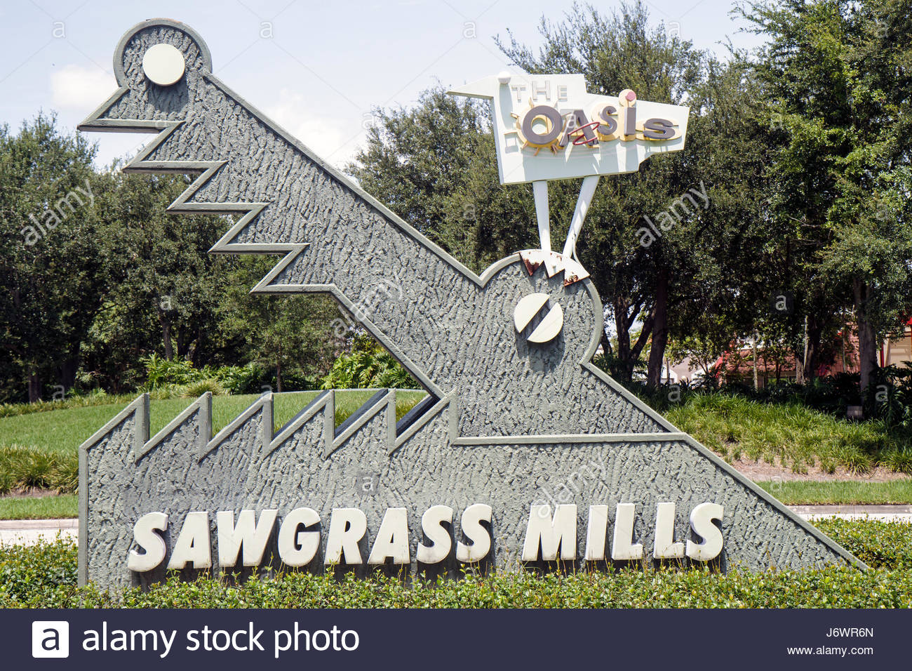 Fort Lauderdale Ft. Florida Sunrise Sawgrass Mills Mall entrance sign alligator - Stock Image