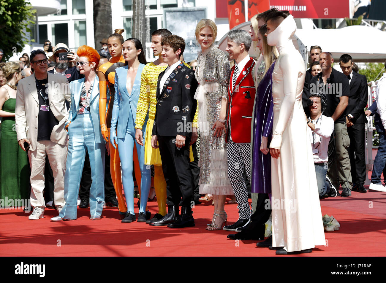 Cannes, Frankreich. 21st May, 2017. Sandy Powell, Alex Sharp, Nicole Kidman, John Cameron Mitchell and Cast at the - Stock Image