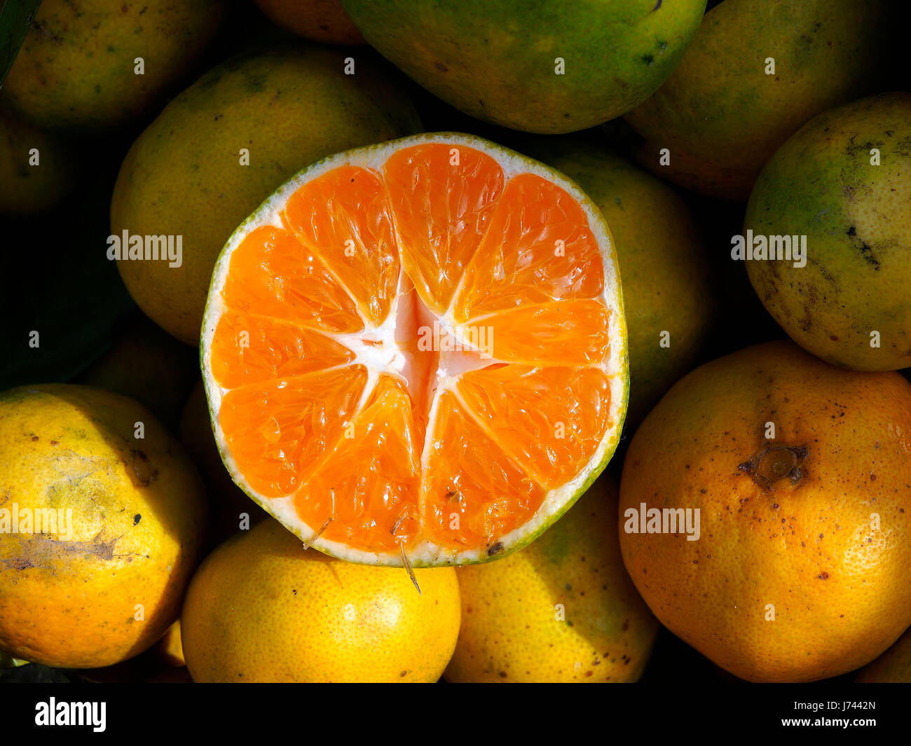 how to cut a tangerine