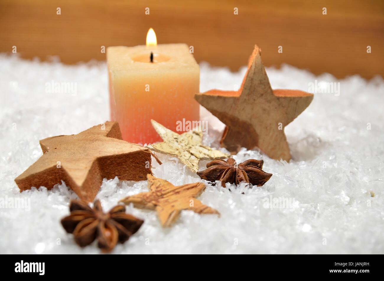 weihnachten kerze schnee holzstern dekoration advent stock photo royalty free image 144305269. Black Bedroom Furniture Sets. Home Design Ideas