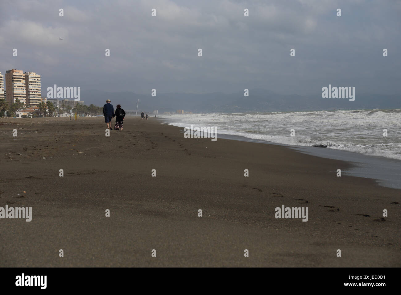 stormy-weather-in-february-on-the-beach-