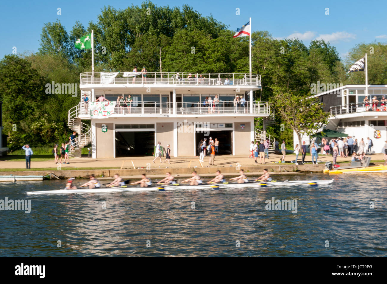 oxford-eights-boat-races-oxford-united-kingdom-JCT9PG.jpg