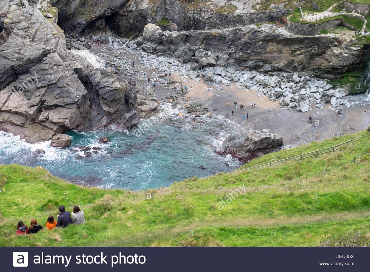 merlins-cove-merlins-cove-beach-cornwall