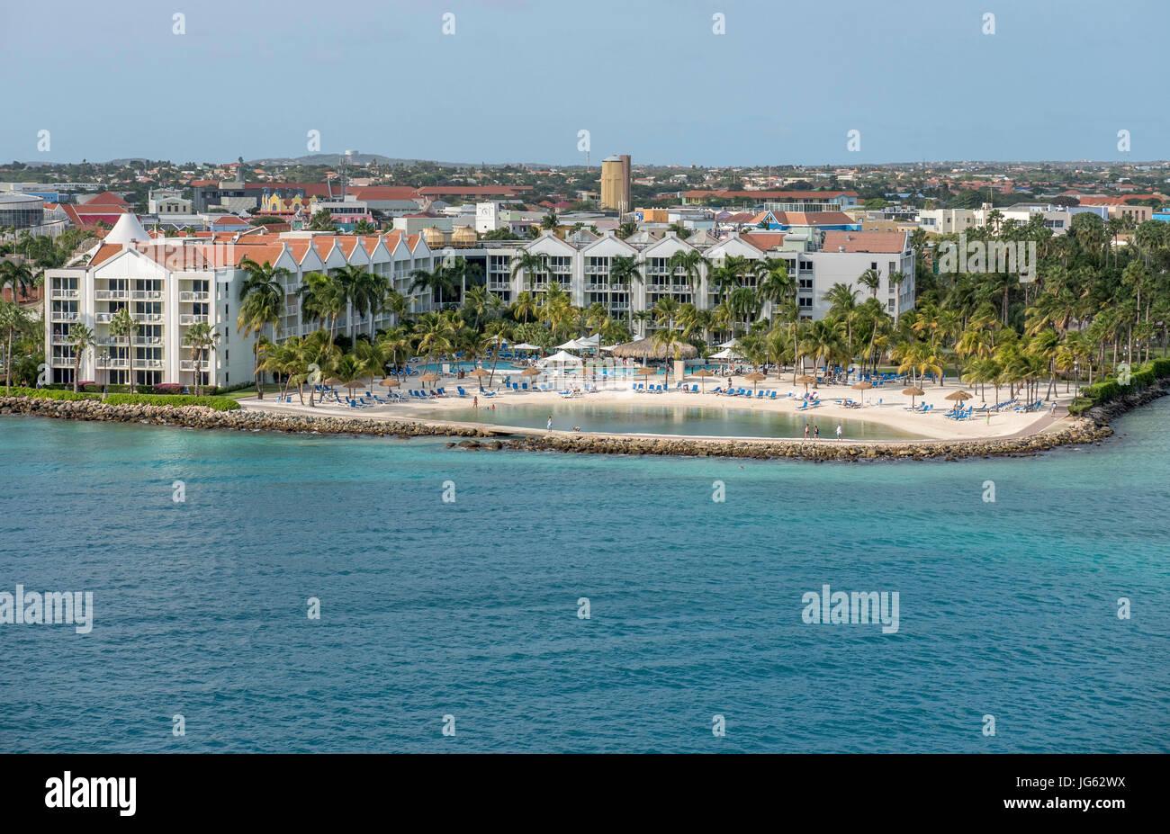 renaissance-beach-resort-and-hotel-aruba