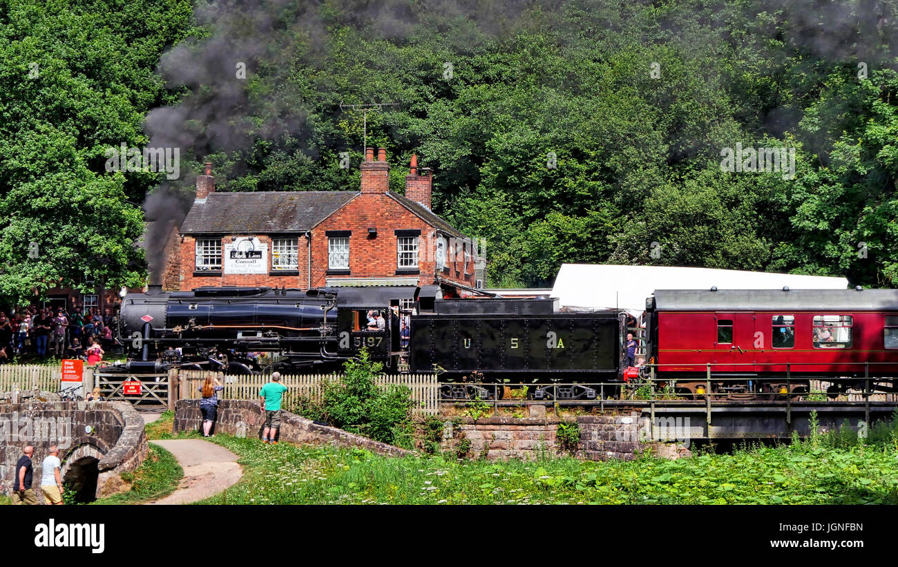 Churnet Valley, UK. 8th July, 2017. The UK's longest real ale festival the Churnet Valley Rail Ale Trail Beer festival Stock Photo