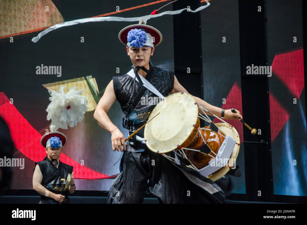 london-uk-8th-july-2017-london-korean-festival-in-london-olympia-matthew-JGNKFR.jpg