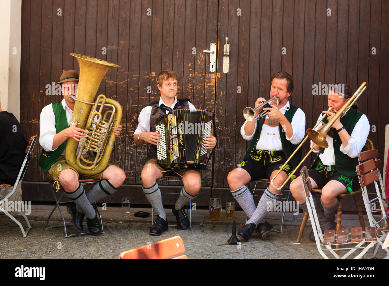 traditional-bavarian-oompah-band-playing