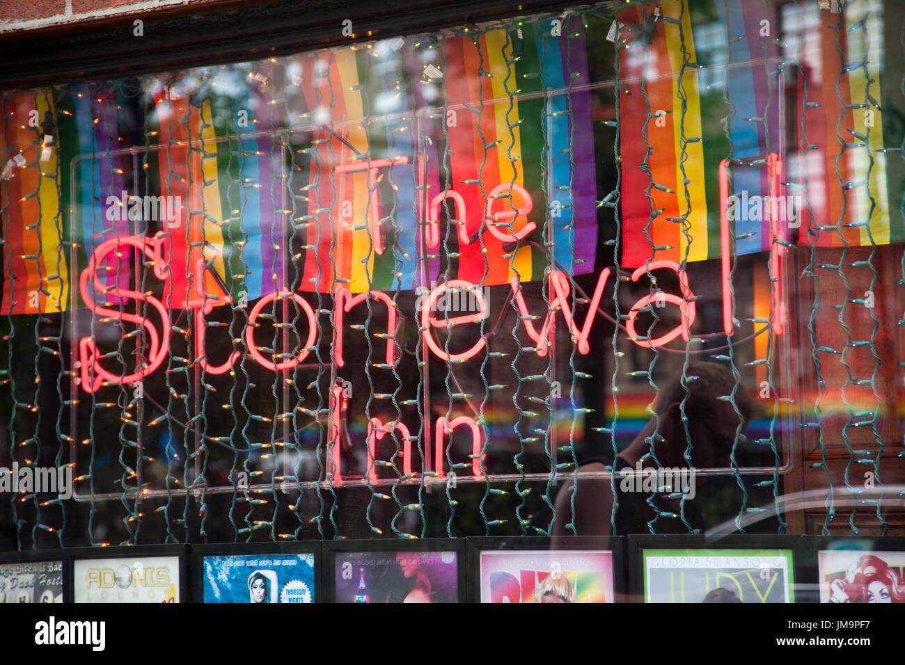 gay bars in greenwich village