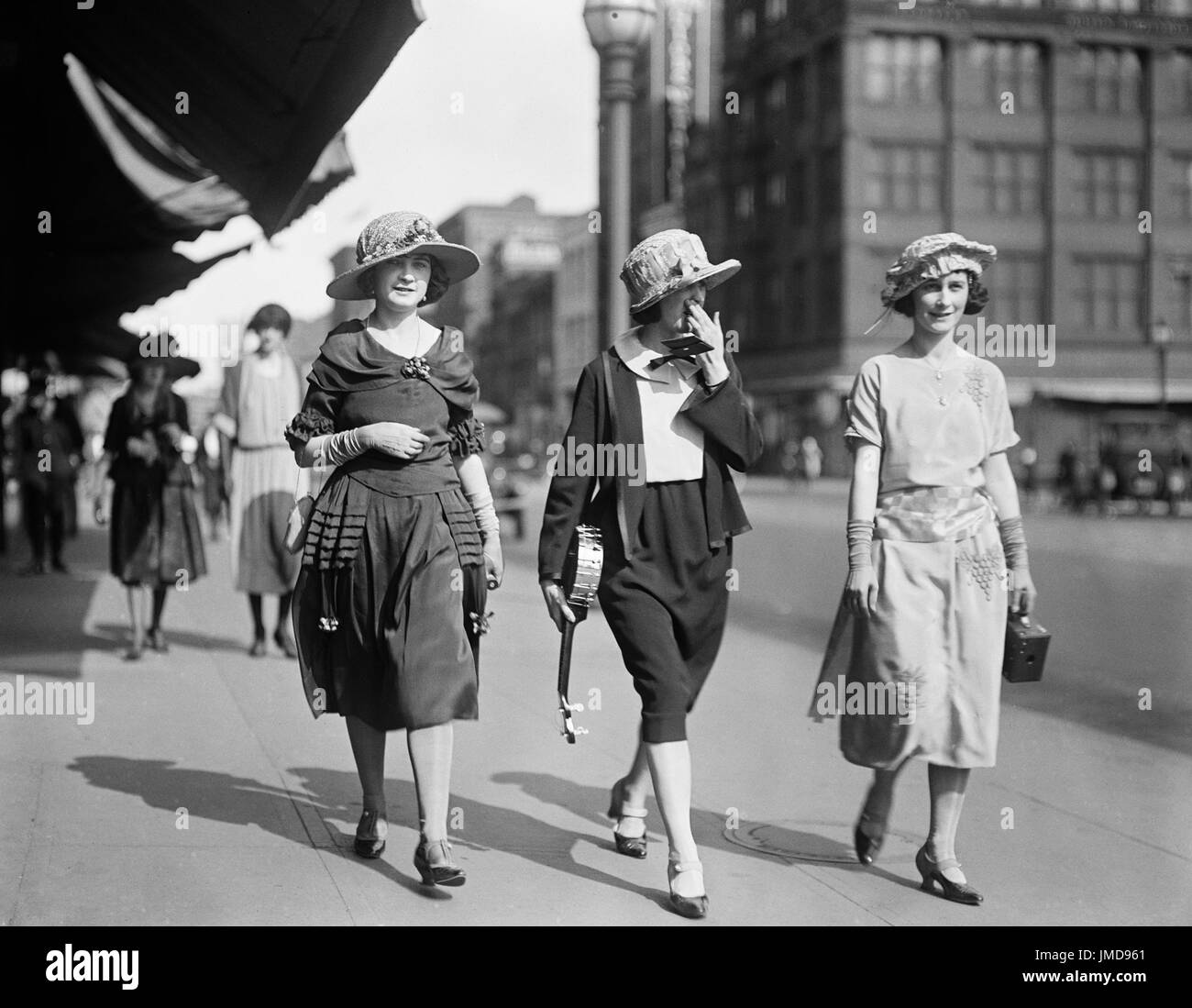 Старые фото девушек 30-х годов