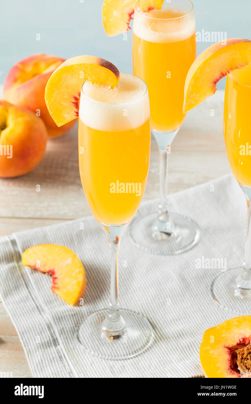 Peach bellini stock photos peach bellini stock images for How many mimosas per bottle of champagne