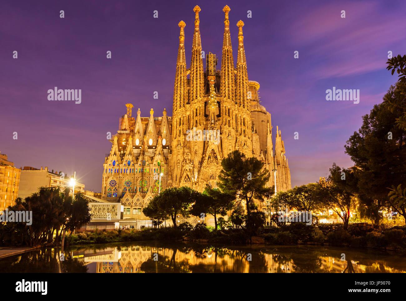 Spain Barcelona Spain Barcelona antoni gaudi sagrada familia Barcelona la sagrada familia cathedral Barcelona Spain - Stock Image