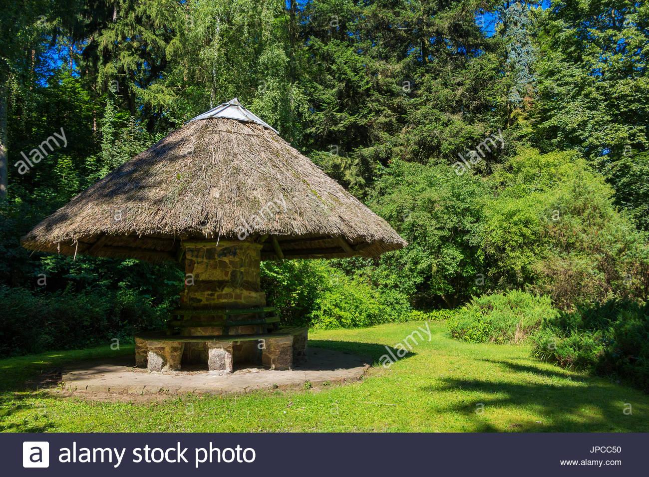 hiker-refuge-hut-in-forest-brandenburg-g