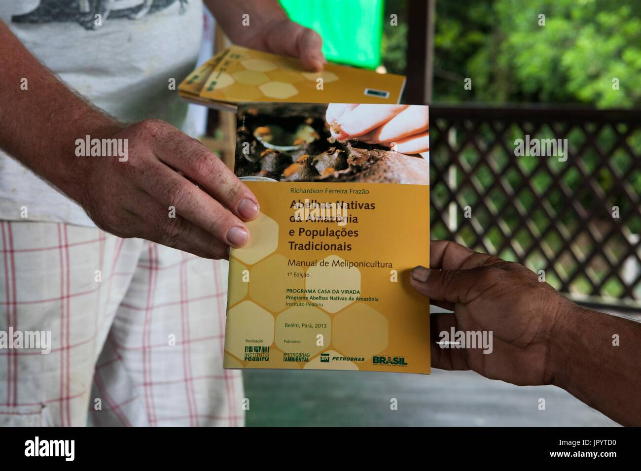 beekeeping training manual The biosecurity manual for beekeepers provides information for the industry and   the honey bee biosecurity training module contains information that is.