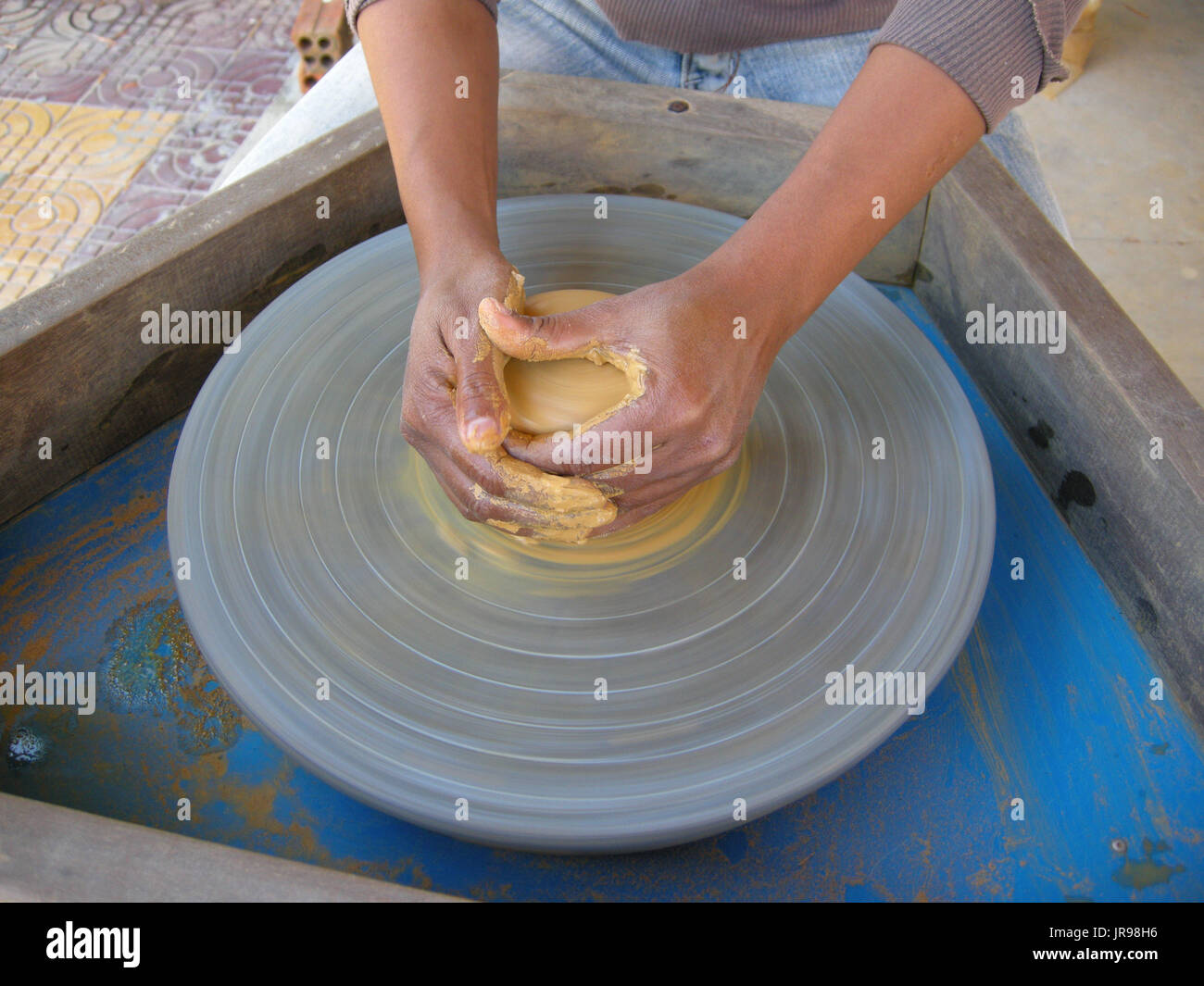 how to make animals using the potters wheel