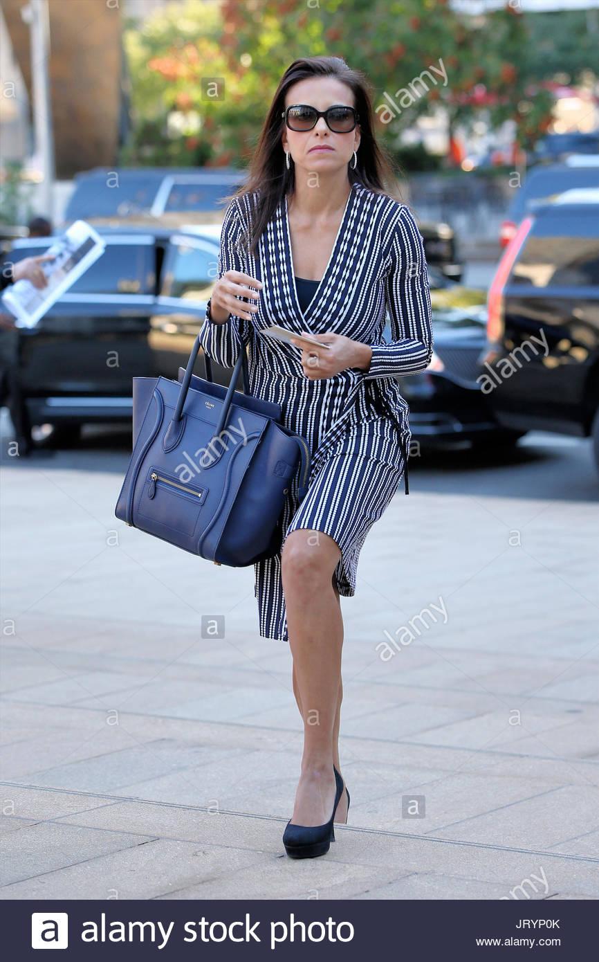 Dina Habib Powell >> Dina Habib Powell Stock Photos & Dina Habib Powell Stock Images - Alamy