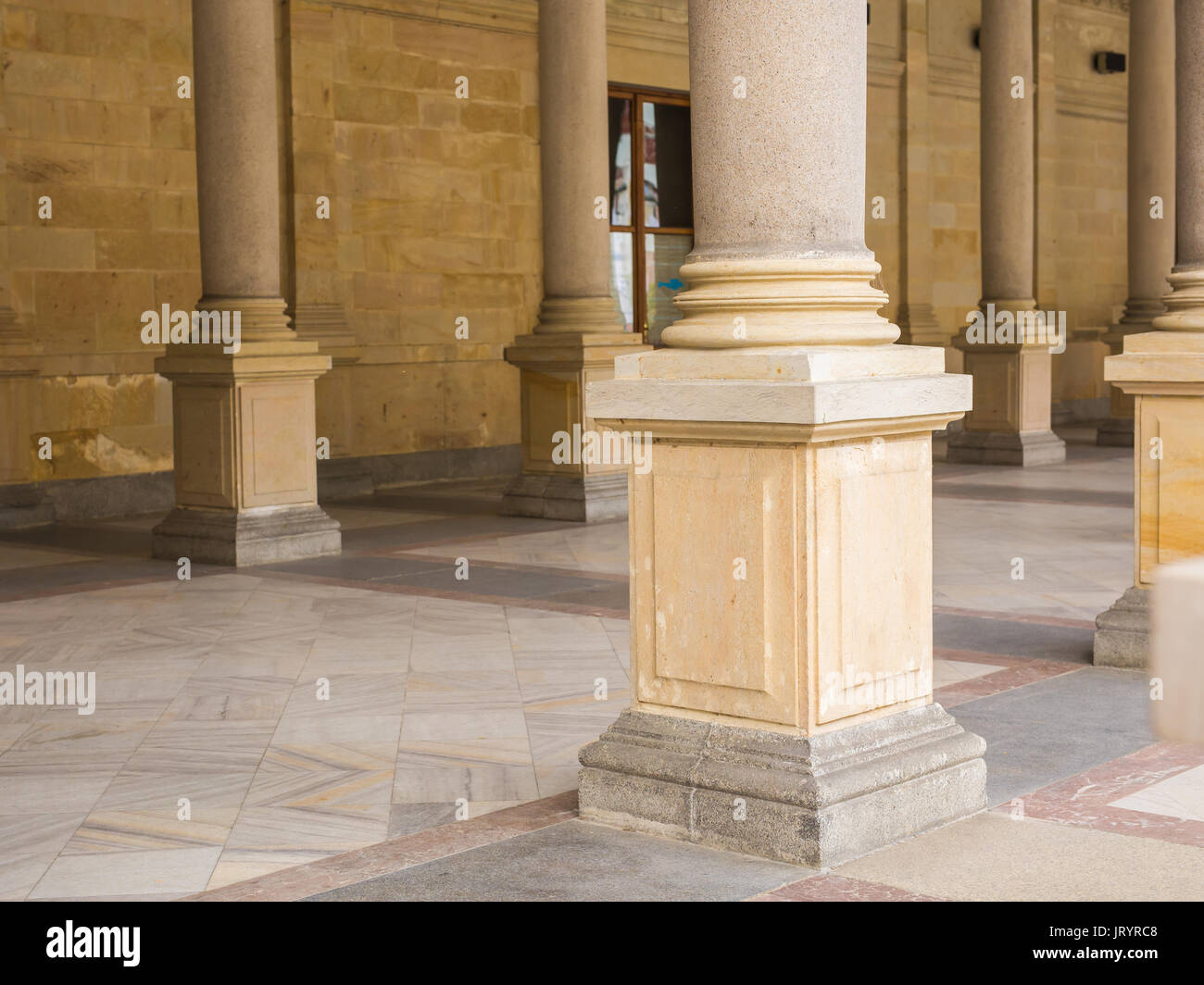 Chick castle stock photos chick castle stock images alamy for Exterior decorative columns