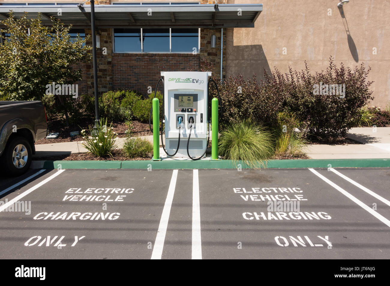 electric vehicle charging station market in The electric charging station is the newest component of our green we have been pioneering in the ev charging market even before the first electric car was.