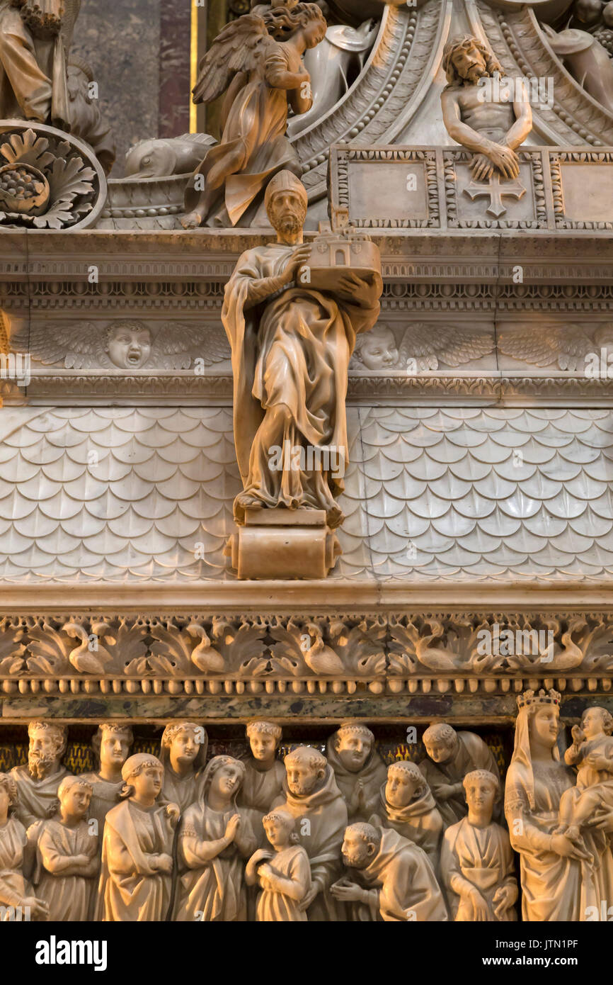 St. Petronius, by Michelangelo, 1494, Basilica of San Domenico, Bologna, Emilia-Romagna region, Italy - Stock Image