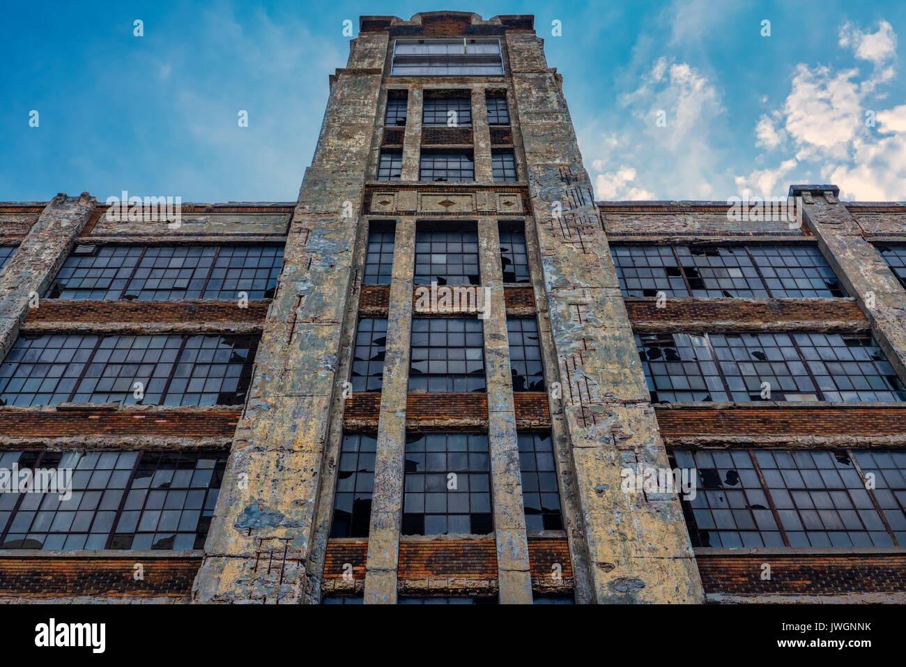 Wrecking Ball Building : Wrecking stock photos images alamy