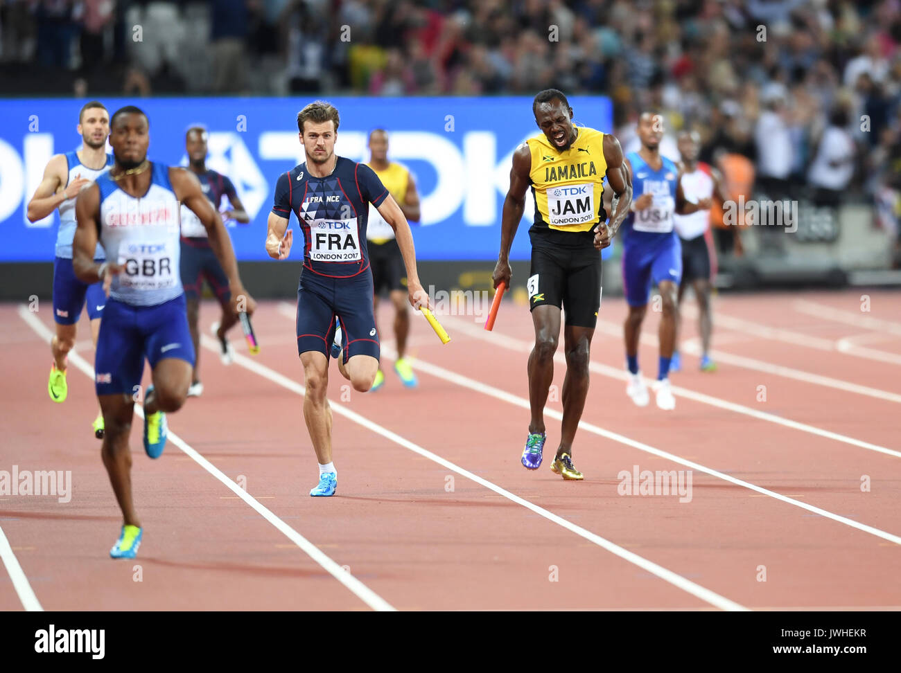 London, UK. 12th August, 2017. Usain Bolt pulled up injured in his final ever race, at the 4x100 relays at the IAAF Stock Photo