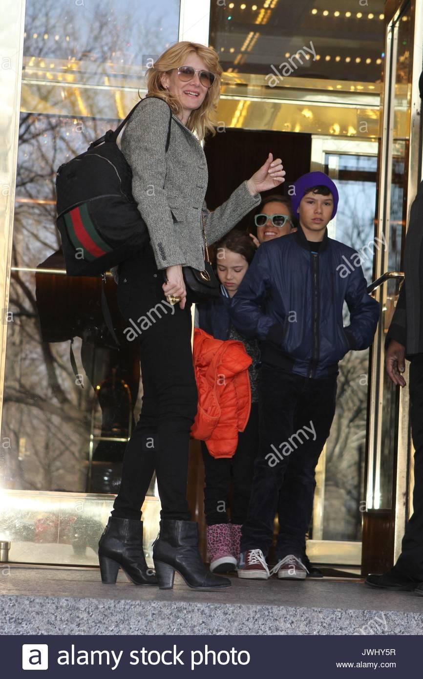 Laura Dern, Ellery Walker Harper and Jaya Harper. 'Jurassic Park' actress Laura Dern was spotted exiting - Stock Image