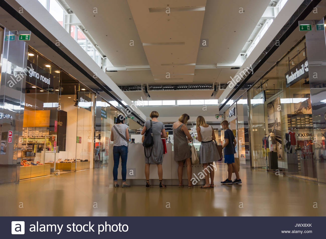 customer perceptions of factory outlet stores 1,225 reviews for walmart read real customer ratings and reviews or write your own.