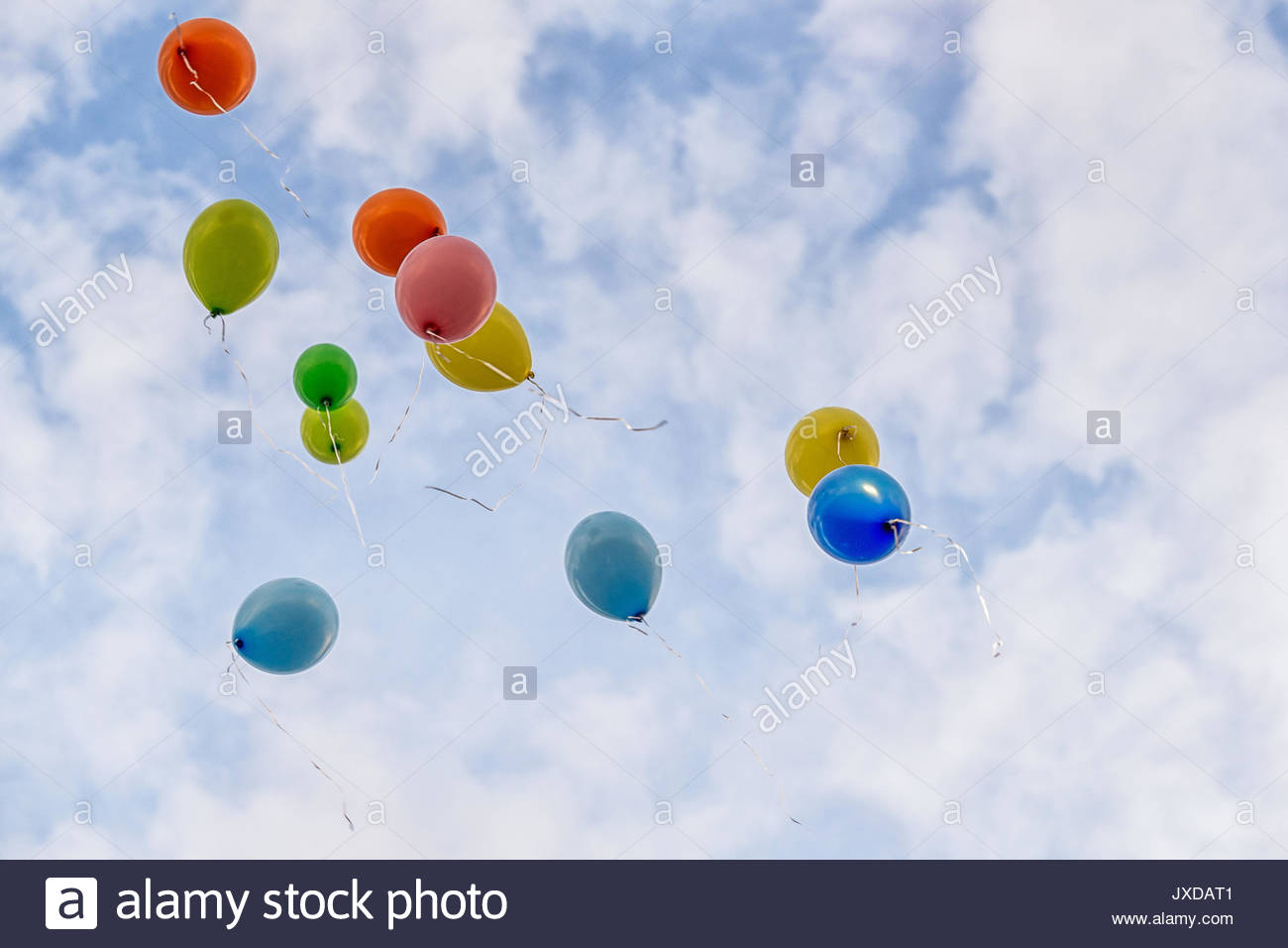 how to keep a helium balloon inflated