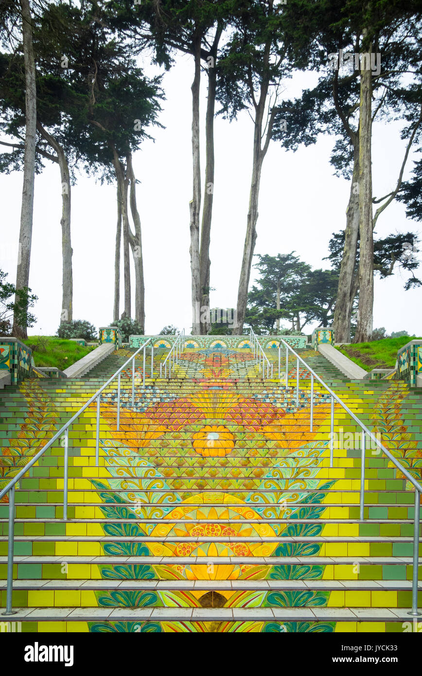 A view of the beautiful, elaborate Lincoln Park Steps in San Francisco, California. - Stock Image