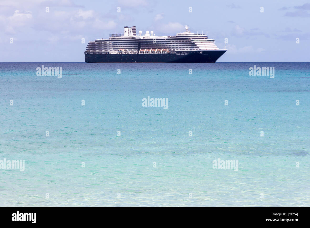 the-holland-america-line-cruise-ship-oos