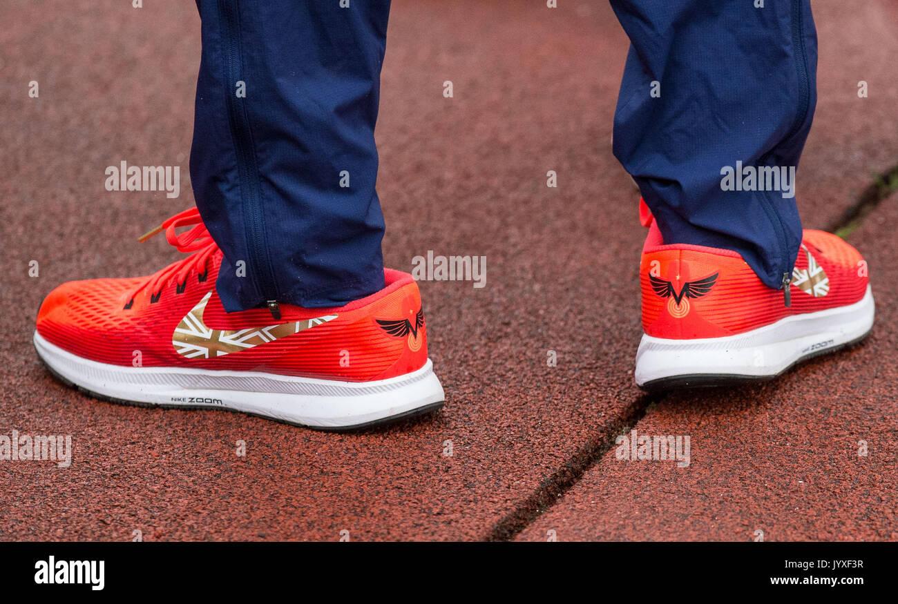 Nike Women Shoes Stratford