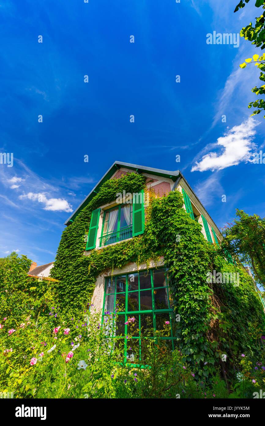 Monet garden giverny stock photos monet garden giverny for Monet house