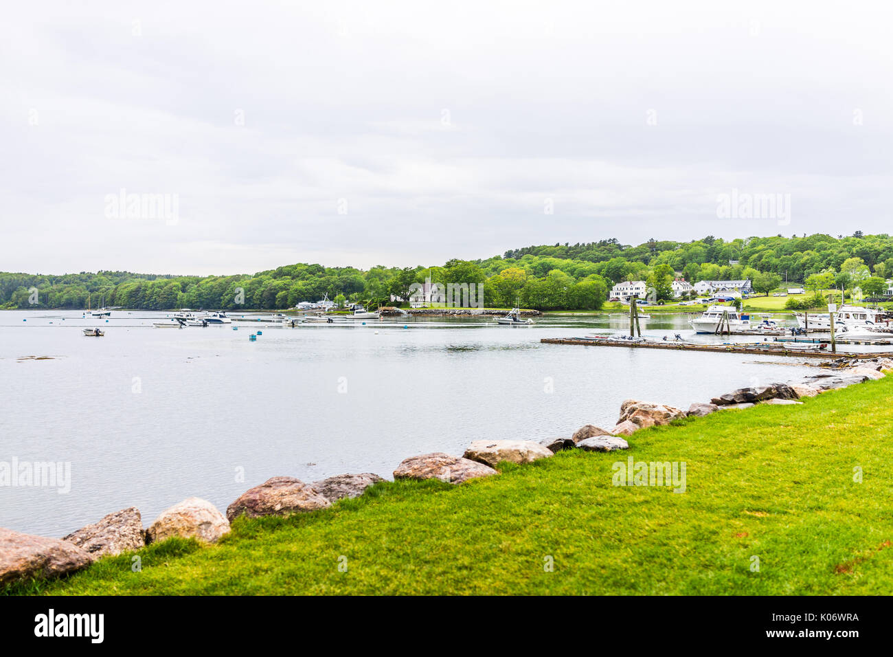 damariscotta women Welcome to the damariscotta region this is an exciting place to live, to work, and to visit we believe our region represents the best that maine has to offer with its rich history and magnificent beauty.