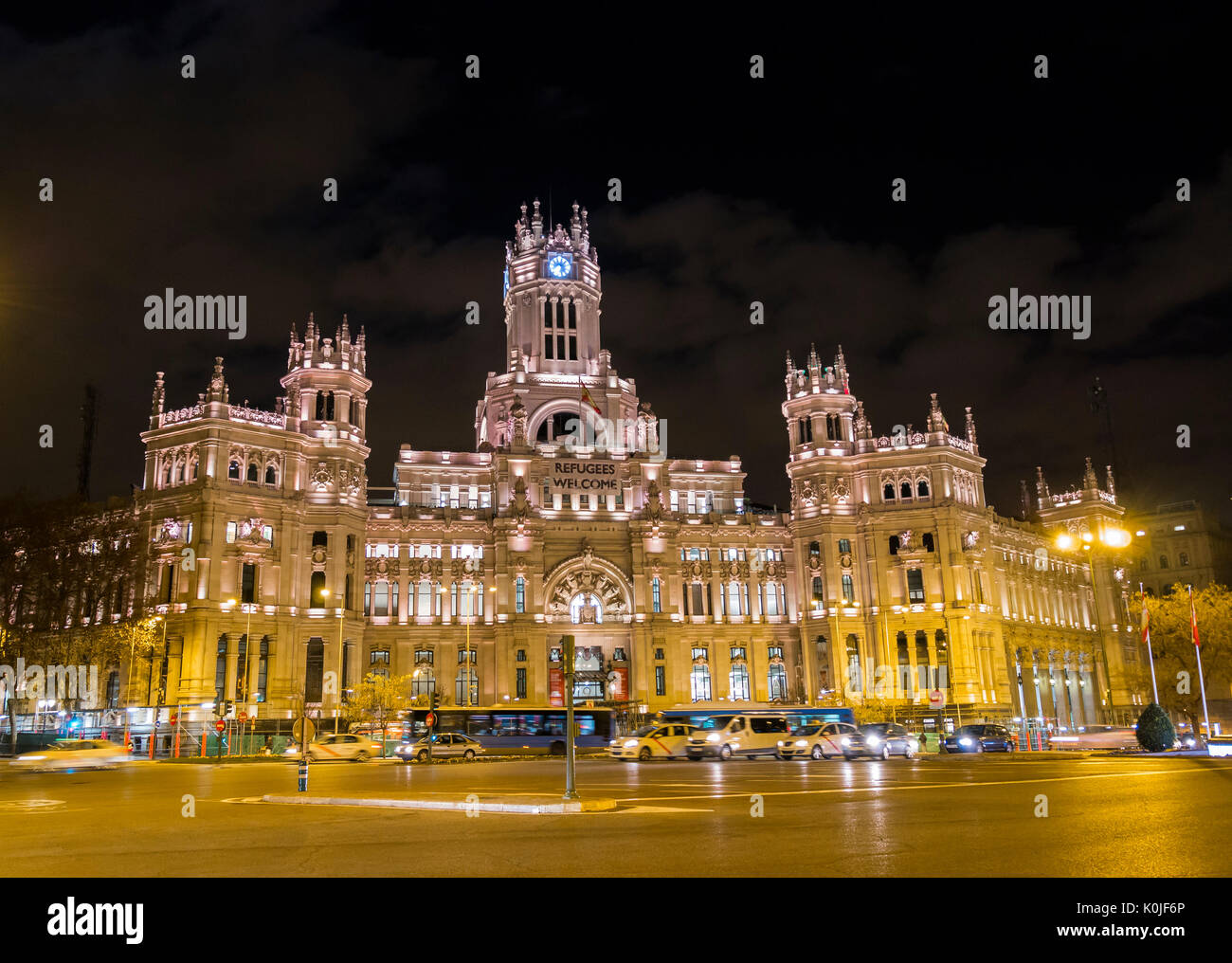 Espana correos stock photos espana correos stock images for Edificio de correos madrid