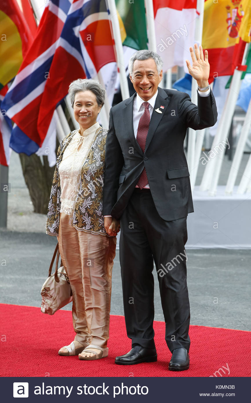 Lee Hsien Loong,  Premierminister von Singapur mit seiner Ehefrau Ho Ching beim Eintreffen zum G20-Konzert in der - Stock Image