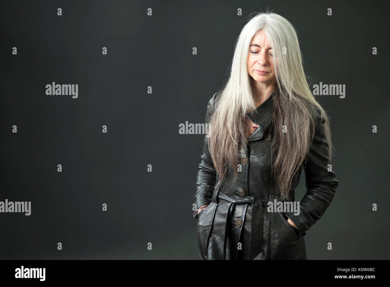 evelyn glennie deafness essay Diaorg/wiki/evelyn_glennie fromwikipedia,thefreeencyclopedia glennie contends that deafness is largely ^ glennie, evelyn (1993) hearing essay.