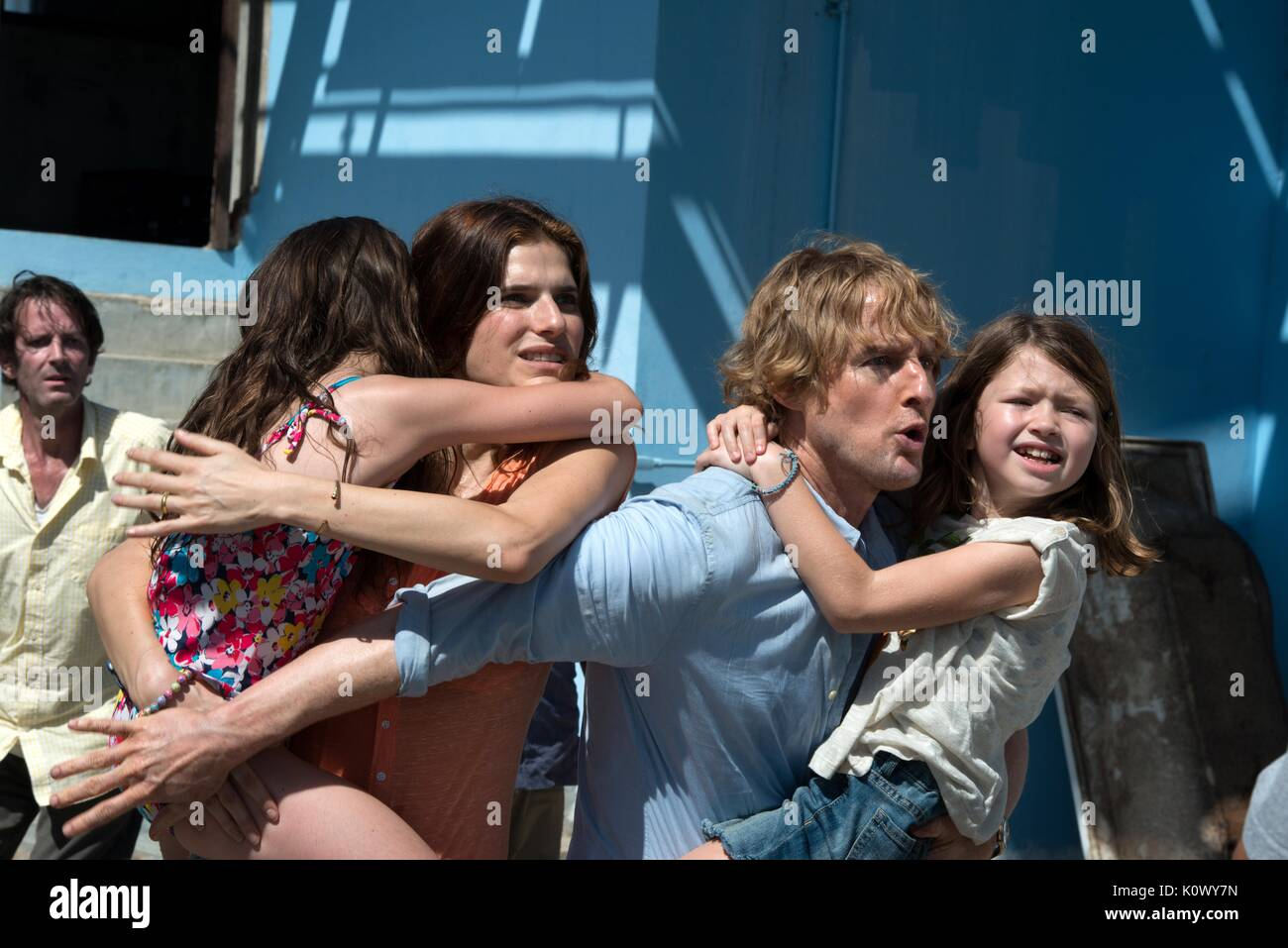 STERLING JERINS LAKE BELL OWEN WILSON & CLAIRE GEARE NO ESCAPE (2015) - Stock Image