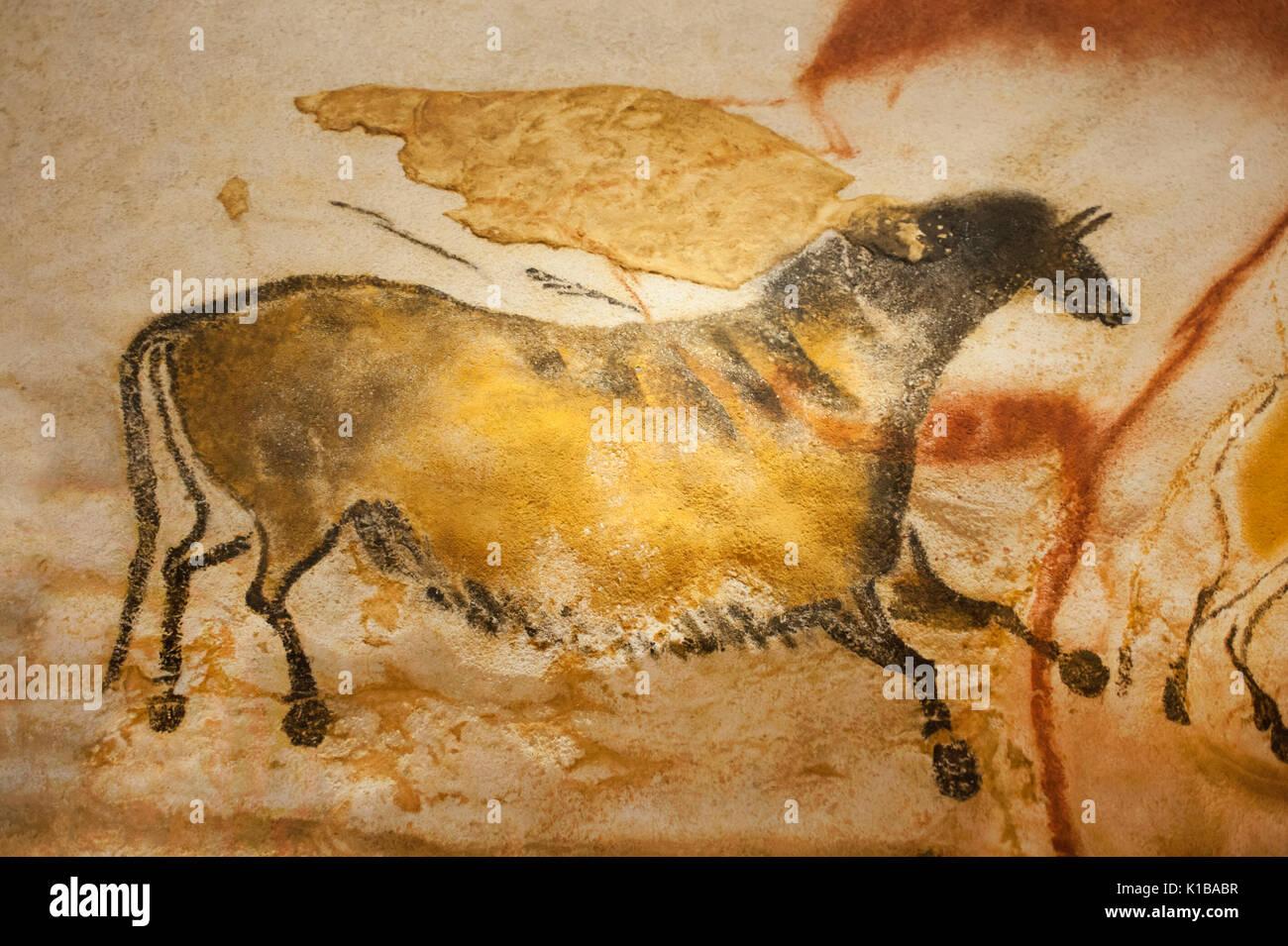 chinese horse lascaux cave
