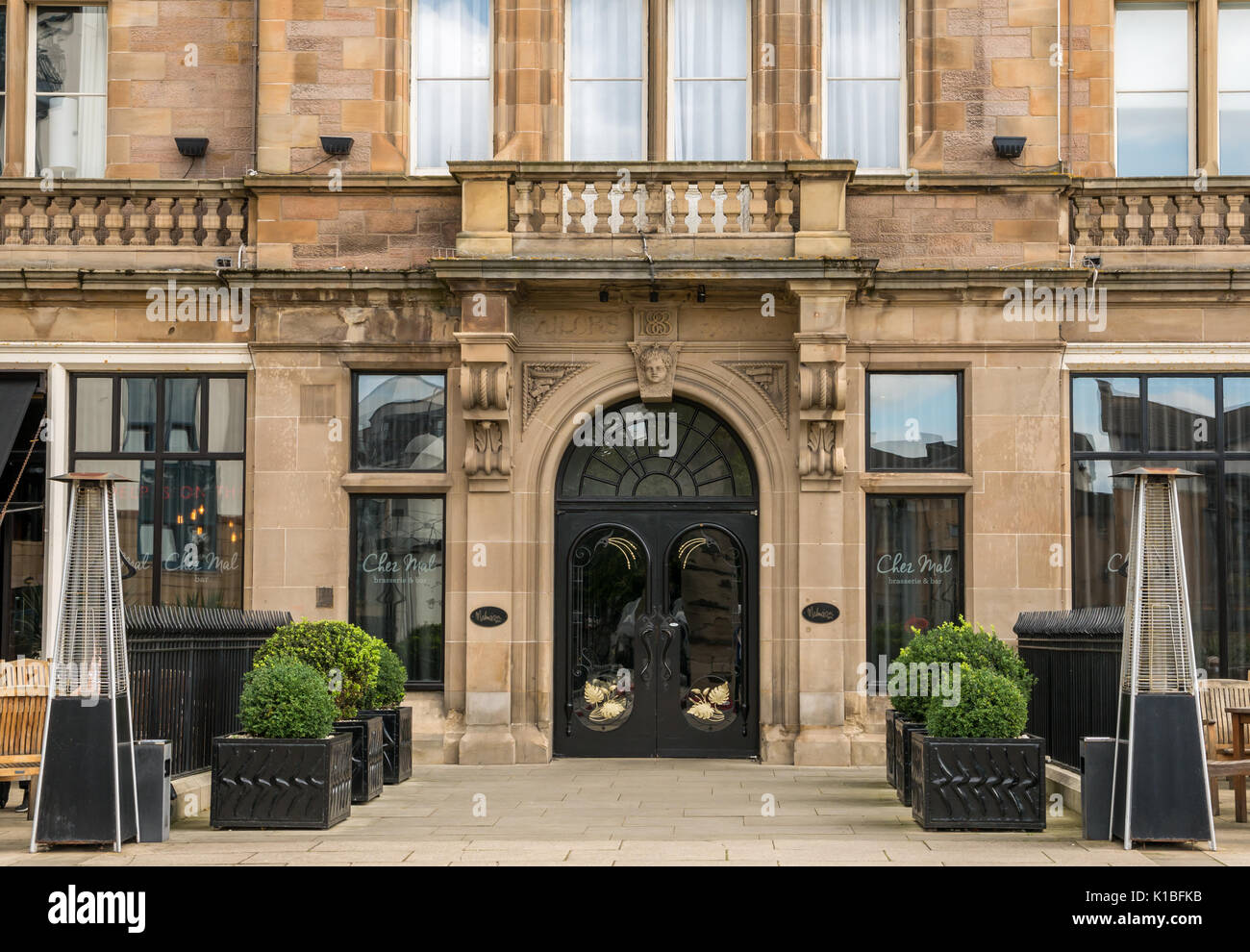 front-luxury-hotel-the-malmaison-and-res