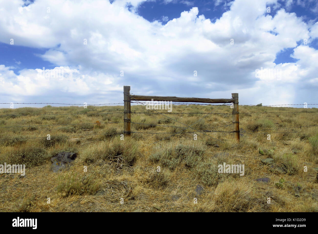Old wooden fence barbed wire stock photos old wooden fence barbed wire stock images alamy - Rustic wood fences a pastoral atmosphere ...