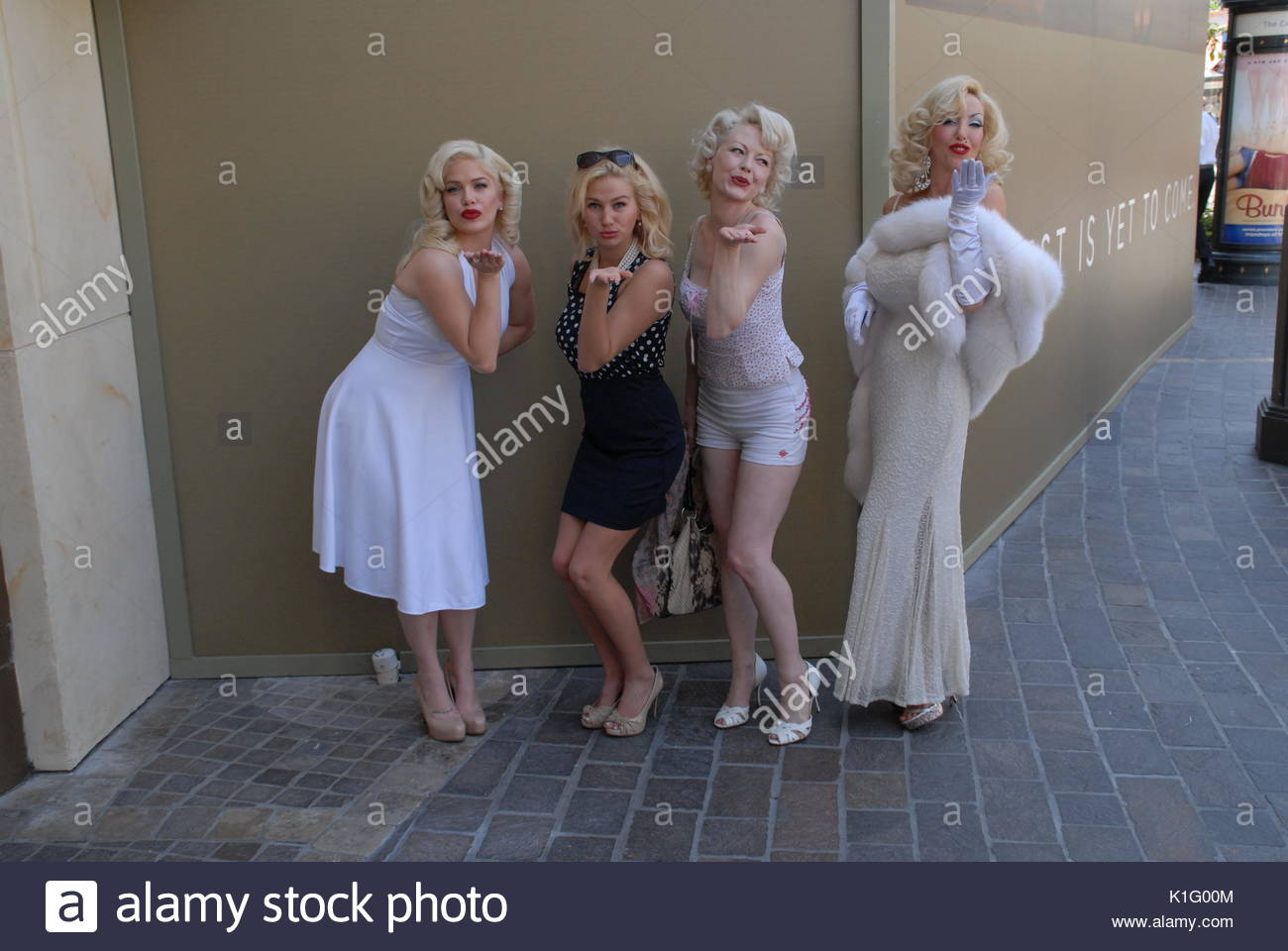Marilyn Monroe impersonators. Marilyn Monroe impersonators at The Grove in celebration of the starlet's birthday. - Stock Image