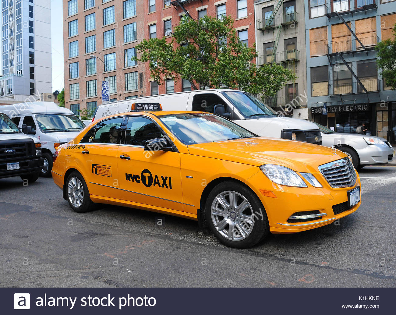 Nyc taxi cab mercedes benz yellow taxi cab spotted on the for Mercedes benz nyc