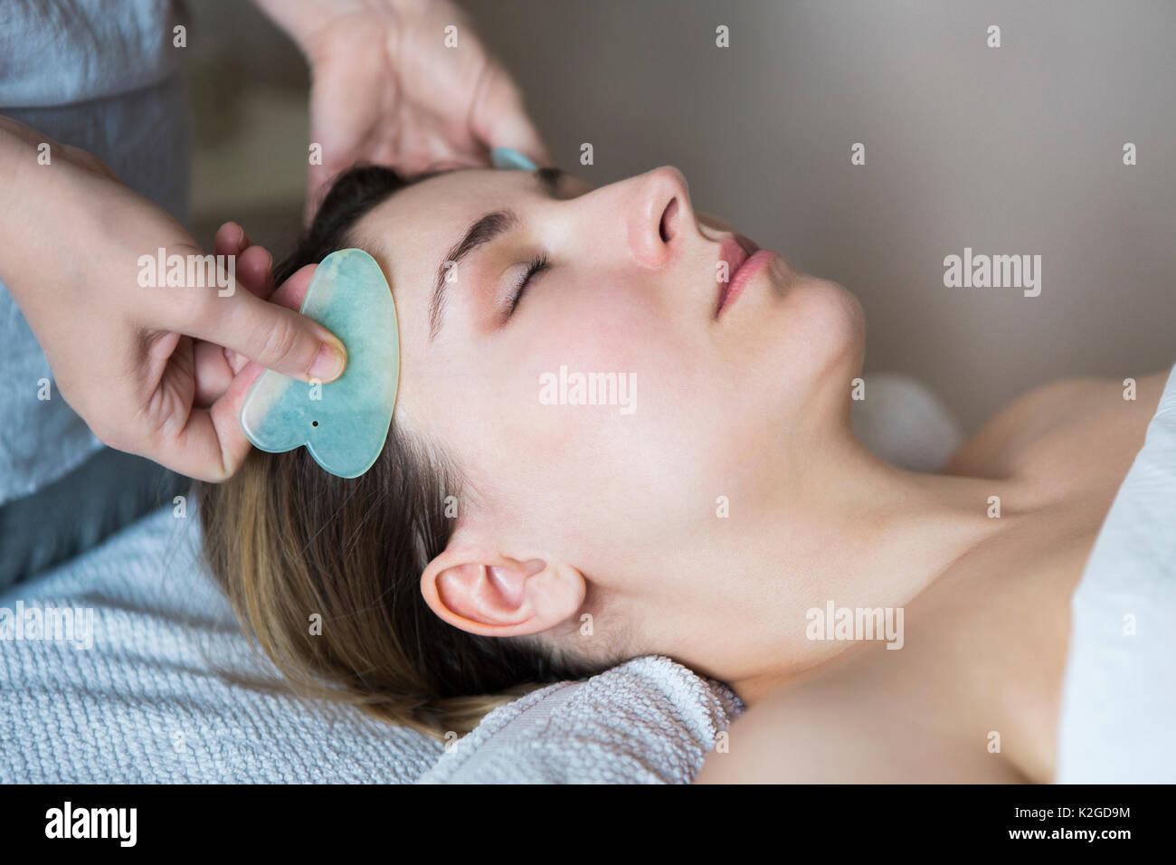 vietnamese facial acupuncture